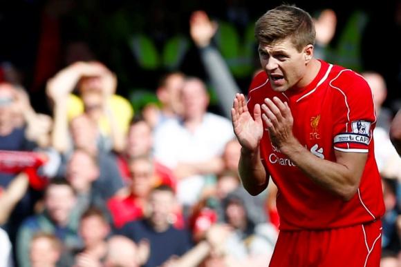 Gerrard jugó uno de sus últimos partidos con Liverpool y anotó. Foto: Reuters.