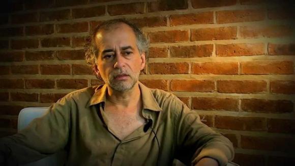 Christian Ferrer en el documental Ezequiel Martínez Estrada, profeta desdichado (2010, dir. Marcelo May) disponible en Youtube