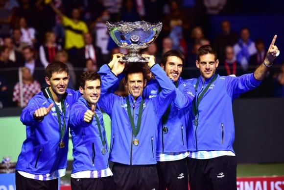 Con este partido Delbonis arregló la foto del campeón. Foto EFE