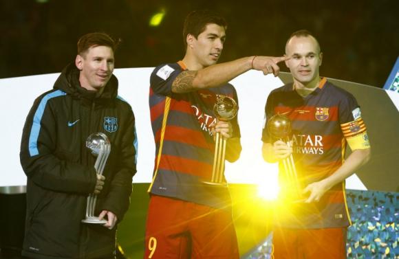 Luis Suárez, Balón de Oro del Mundial de Clubes; Messi de Plata e Iniesta de Bronce. Foto: Reuters