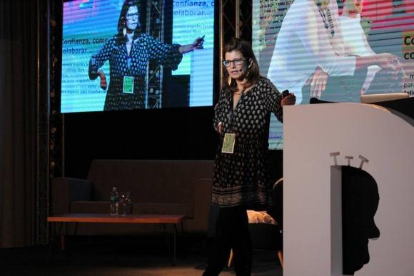 Janaina Luna, Directora de Servicios al Cliente - Grey Brasil