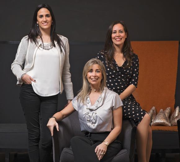 Cecilia Aramburu, Paola Feoli y Marcela Barreto.