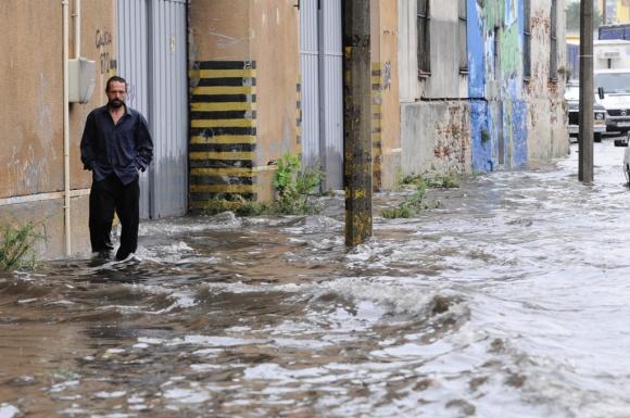 Inundación en Andes y Galicia. Foto: Leonardo Mainé