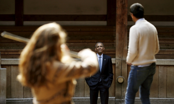 Obama en el Globe Theatre de Londres. Foto: Reuters