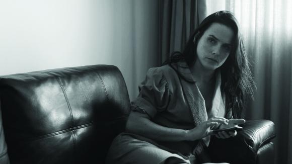 Noelia Campo interpreta a Clara, divorciada y madre de dos hijos.