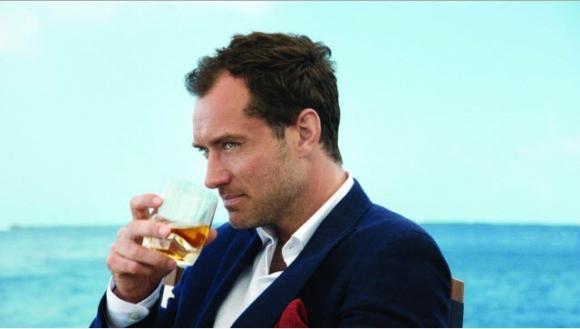 Jude Law y Jenson Button, entre otras reconocidas figuras internacionales en la nueva campaña de Johnnie Walker..
