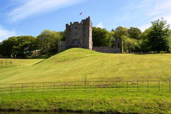 El Castillo donde vivirá Mourinho.