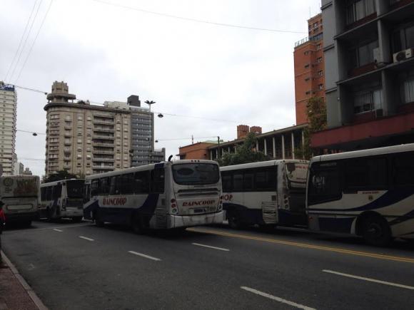 concentración de cooperativas de transporte en la IMM. Foto: El País