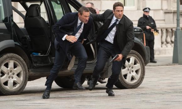 Aaron Eckhart y Gerard Butler son el Presidente de EE.UU y su guardaespaldas.