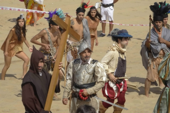 Recreación con actores de la llegada de Solís a Maldonado. (Foto: Ricardo Figueredo)