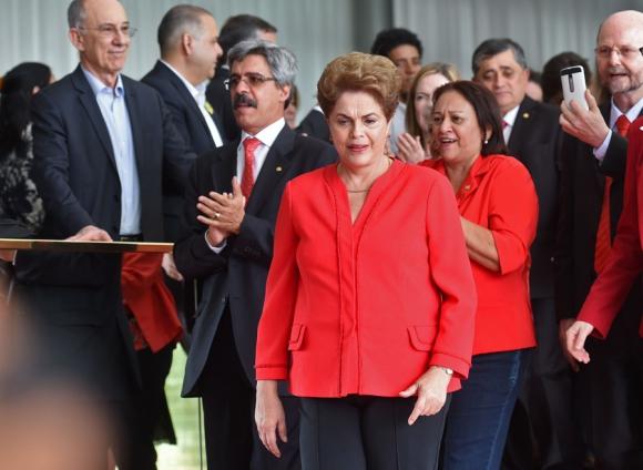 La expresidenta dijo que se consumó un golpe en su contra. Foto: AFP