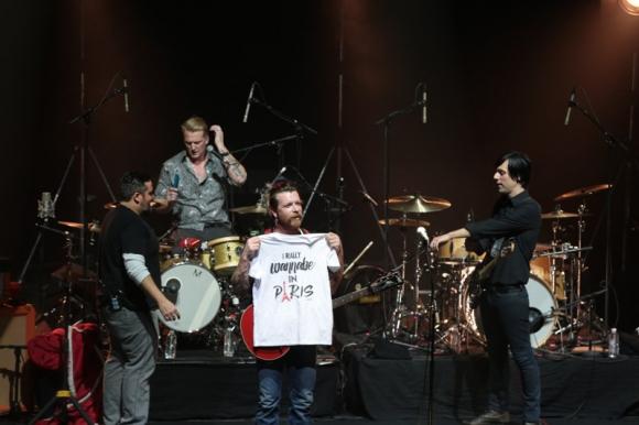 Eagles of Death Metal en concierto en Paris. Foto: AFP