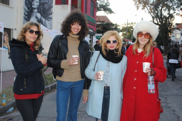 Gabriela Rouiller, Nicole Bachini, Erika Stiglitz, Sofía Bauzá.