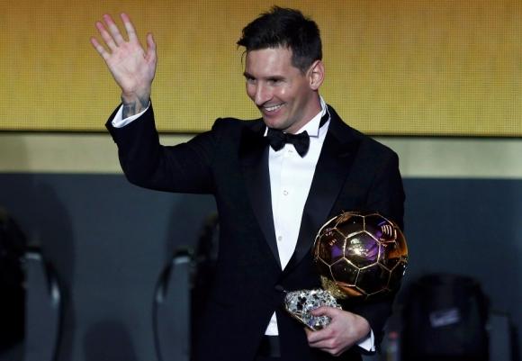 Defensor. Messi ganó su quinto Balón de Oro en 2015. Foto: Reuters