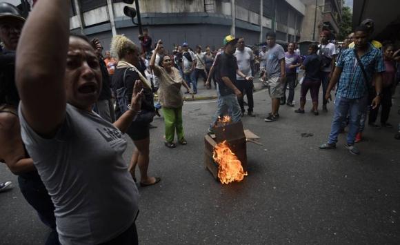 Protestas en Caracas. Foto: AFP.