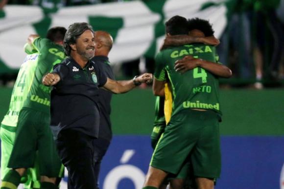 Caio Júnior, director técnico, 51 años. Foto: Reuters.