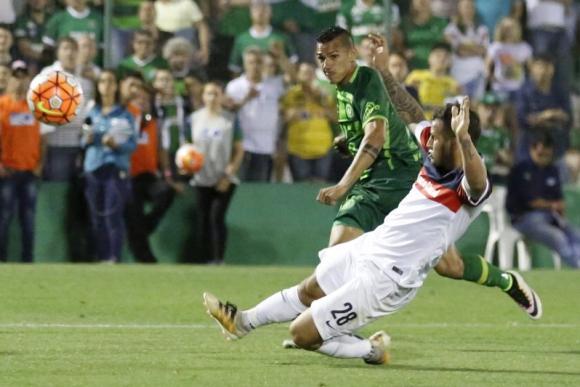 Lucas Gomes, delantero, 26 años. Foto: Efe.