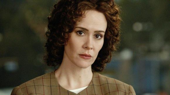 Sarah Paulson es la fiscal Marcia Clark.