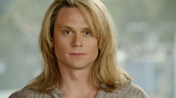 Billy Magnussen es Kato Kaelin.