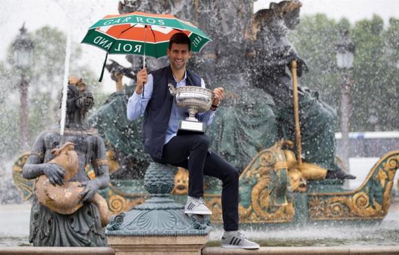 Djokovic en pleno festejo. Foto EFE