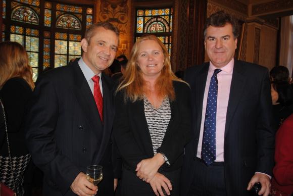 Embajador de Suiza Didier Pfirter, Belinda Lyster Binns, Embajador de Reino Unido Ben Lyster Binns.