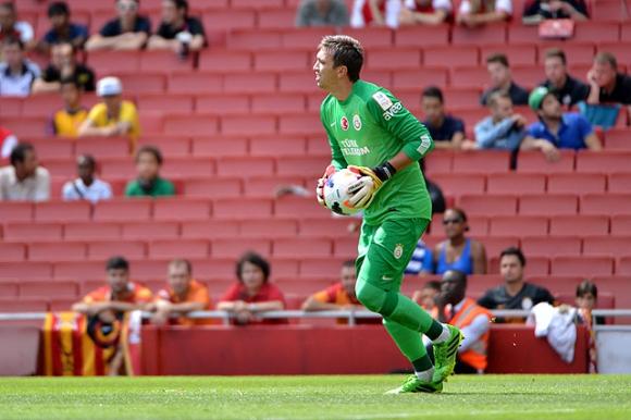 Fernando Muslera, titular indiscutido en Galatasaray y en la selección. Foto: Archivo