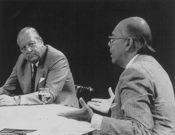 Debate televisivo entre los precandidatos a la presidencia por el Partido Colorado Enrique Tarigo y Jorge Batlle, Elecciones internas de 1989. Foto:Archivo El País