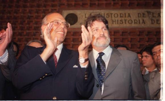 Batlle y Hierro López en la campaña electoral de 1999. Foto: Archivo El País.