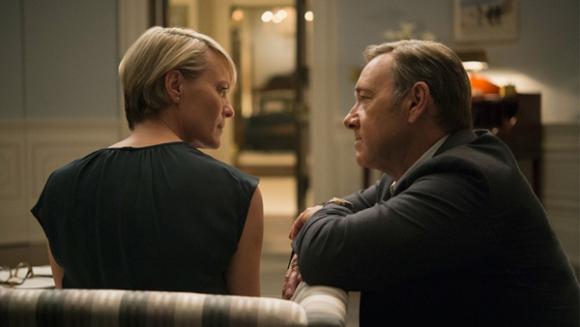 Kevin Spacey es Frank Underwood y Robin Wright su ahora ex mujer, Claire.
