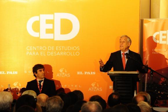 Martín Aguirre, Sebastián Piñera.