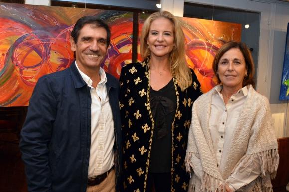 Martin Laventure, Pilar Lacalle Pou, Isabel Laventure.