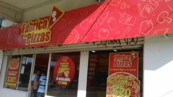 Fábrica de PIzzas potenció su negocio con una oferta económica.