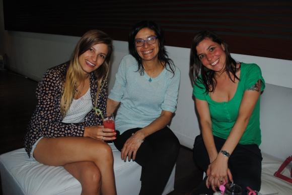 Nusha Pereyra, Andrea Caimi, Verónica Espindola.