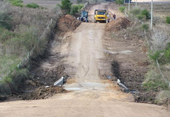 Fondos: el gobierno prevé destinar US$ 250 millones en cinco años a la caminería rural.