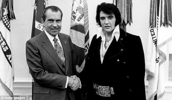 Richard Nixon, con el Rey