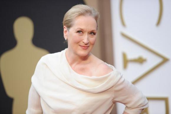 Meryl Streep elegante en la alfombra roja. Foto: AFP