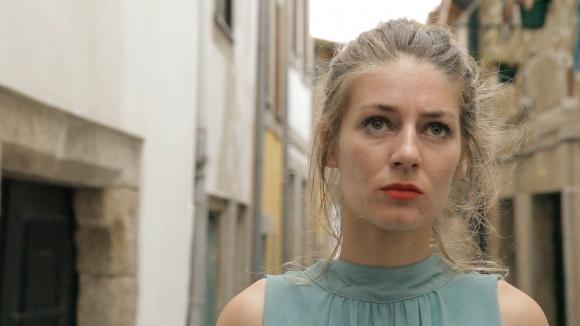 Mariana Sampaio en una gran labor en un film que también co-escribió.