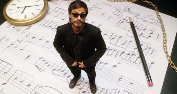 La comedia sobre un particular director de orquesta y su oboísta debuta en los Globo.