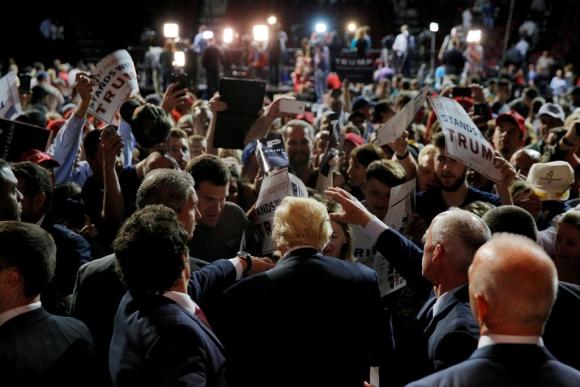 Seguidores de Trump: Foto: REUTERS