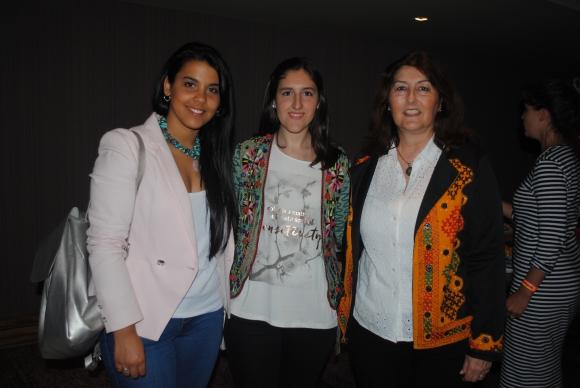 Victoria Cambre, Agustina Sylburski, Gabriela Pascale.