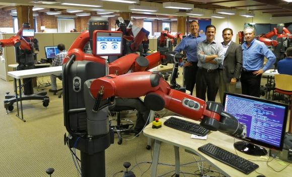 Científicos trabajan para lograr que los robots puedan enseñarles a otros androides. Foto: Wikimedia
