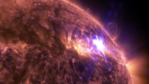 Fulguración solar captada por la NASA. Foto: NASA