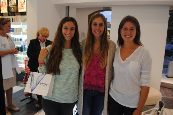 Josefina Sanguinetti, Eugenia Scheck, Victoria Fabre.
