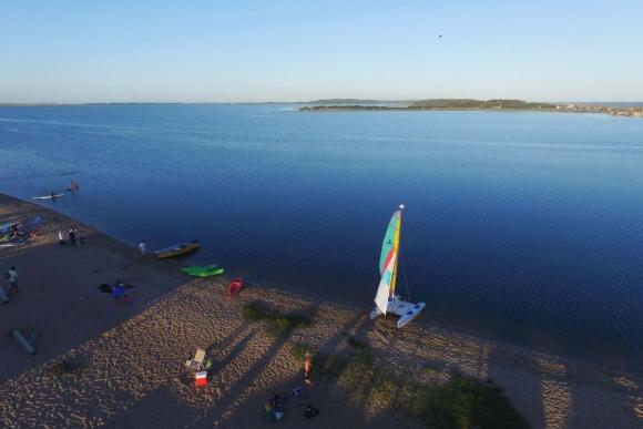 Atardecer en la Laguna Garzón. Foto: Ricardo Figueredo