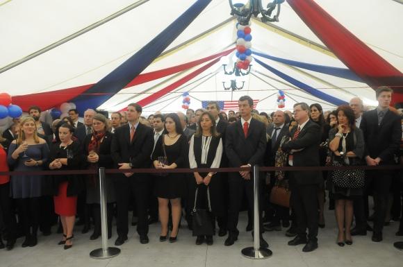 Cientos de asistentes en el festejo. Foto: Sofía Orellano/Ariel Colmegna.