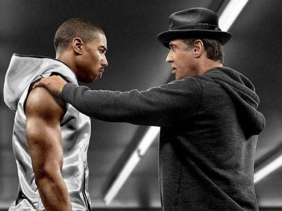 Rocky Balboa debe entrenar al hijo de Apollo Creed, su más grande rival en el ring.