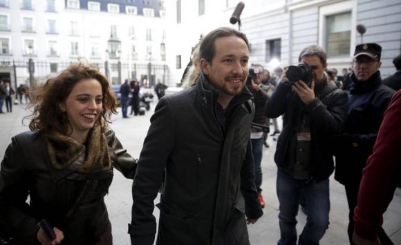 Llegada al Congreso de Pablo Iglesias, líder de Podemos. Foto: Reuters.