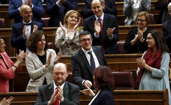 Momento en que Patxi López es electo presidente del Congreso. Foto: Reuters.