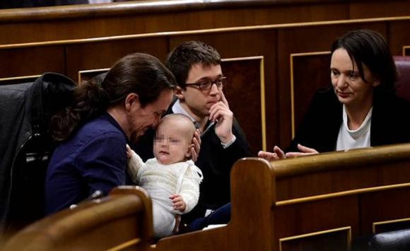 Pablo Iglesias, Íñigo Errejón y Carolina Bescansa. Foto: Reuters.
