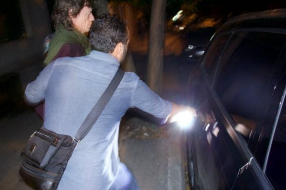Jagger saliendo de Tandory. Foto: Fernando Ponzetto